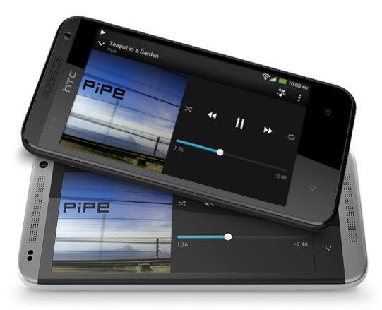 HTC till dubbelattack med design från One