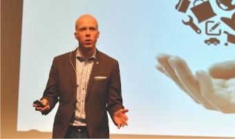 Conny Björnehall: Våga investera för att kunna transformeras