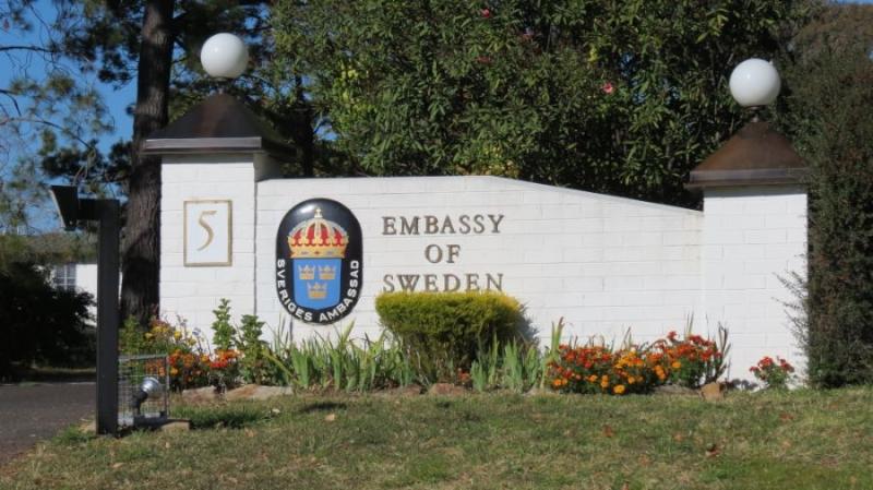 Svenska ambassader får mer kräm i linan