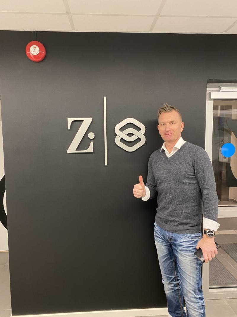 Zisson köper Socialboards