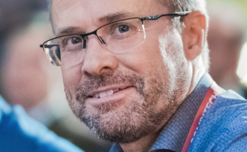 Därför bygger Combitech ett privat mobilnät åt Saab