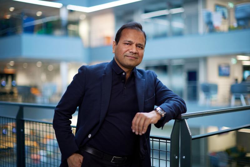 Yogesh Malik: Tele2 ska bli den smartaste Telcon i världen
